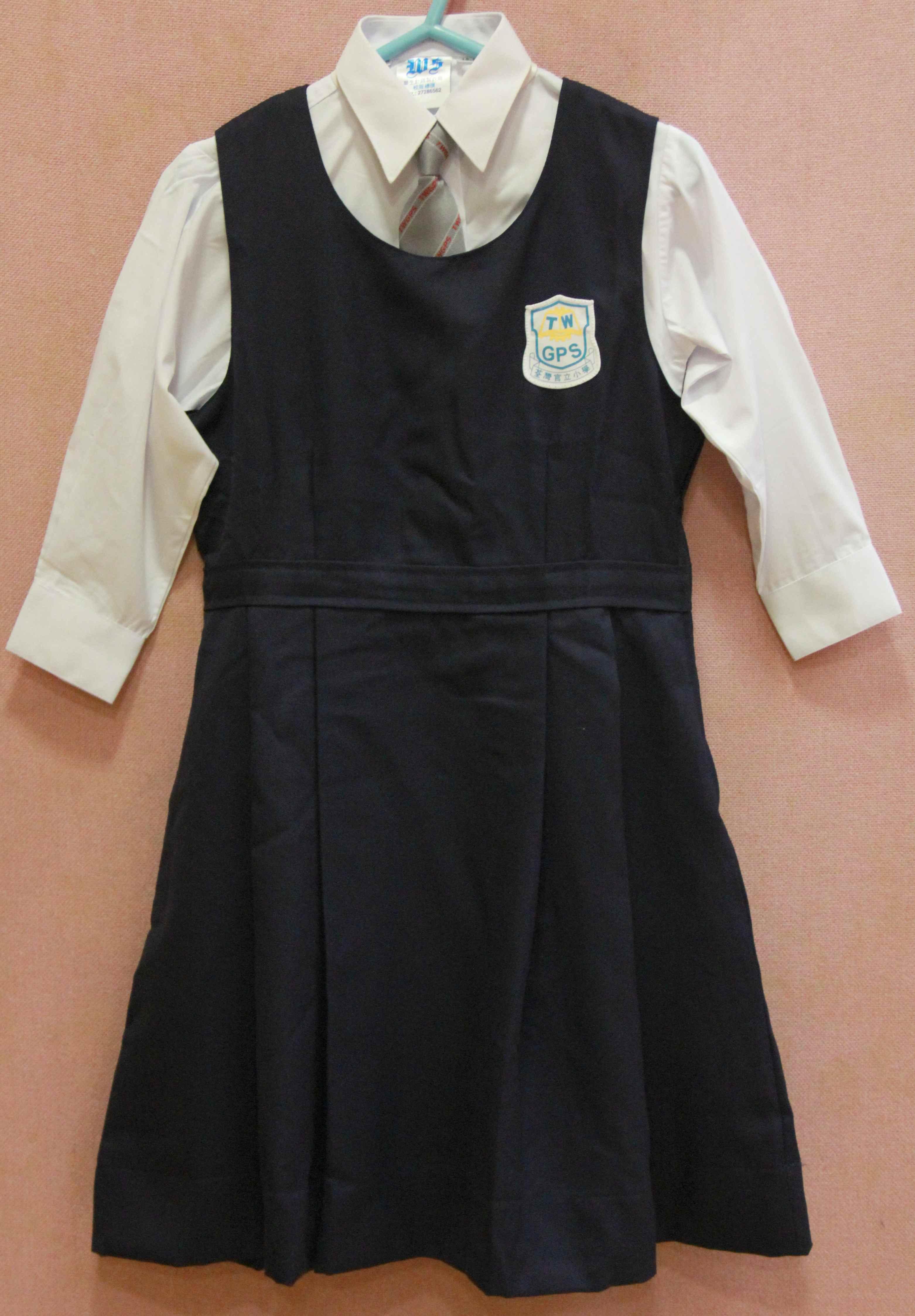 校服裙设计图手稿素描